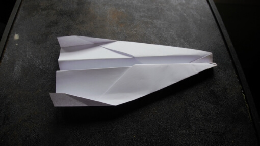 The Chihuahua: A Fast Dart Paper Airplane.